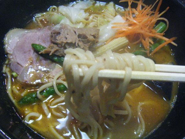 2010_1106麺屋 静さん0020