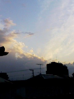 100326_1744~001 夕暮れの雲4