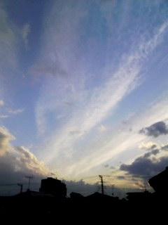 100326_1742~001 夕暮れの雲1