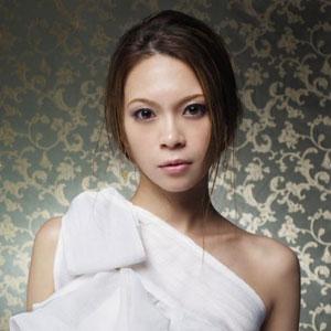 y_koyanagi.jpg