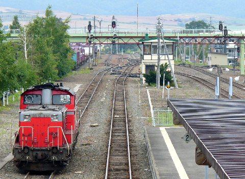 富良野駅の貨物車