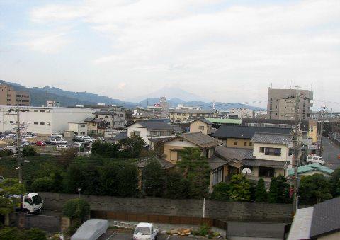 しずてつの車窓から見える富士山