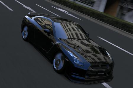 東京・ルート246 GT-R