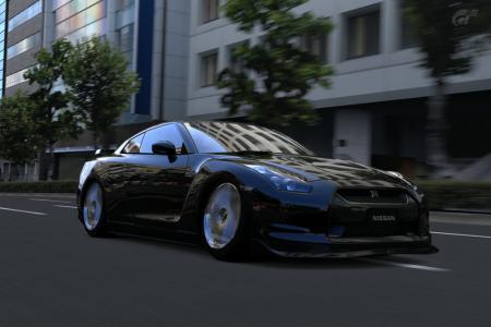 東京・ルート246 GT-Rローアン