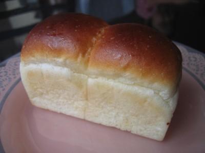 おまけの食パン