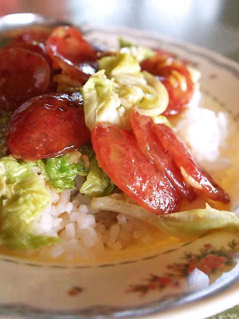 腸詰と白菜のオイスターソース炒め