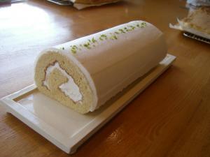 メイプルロールケーキ