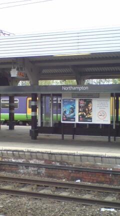 Northamptonの駅。