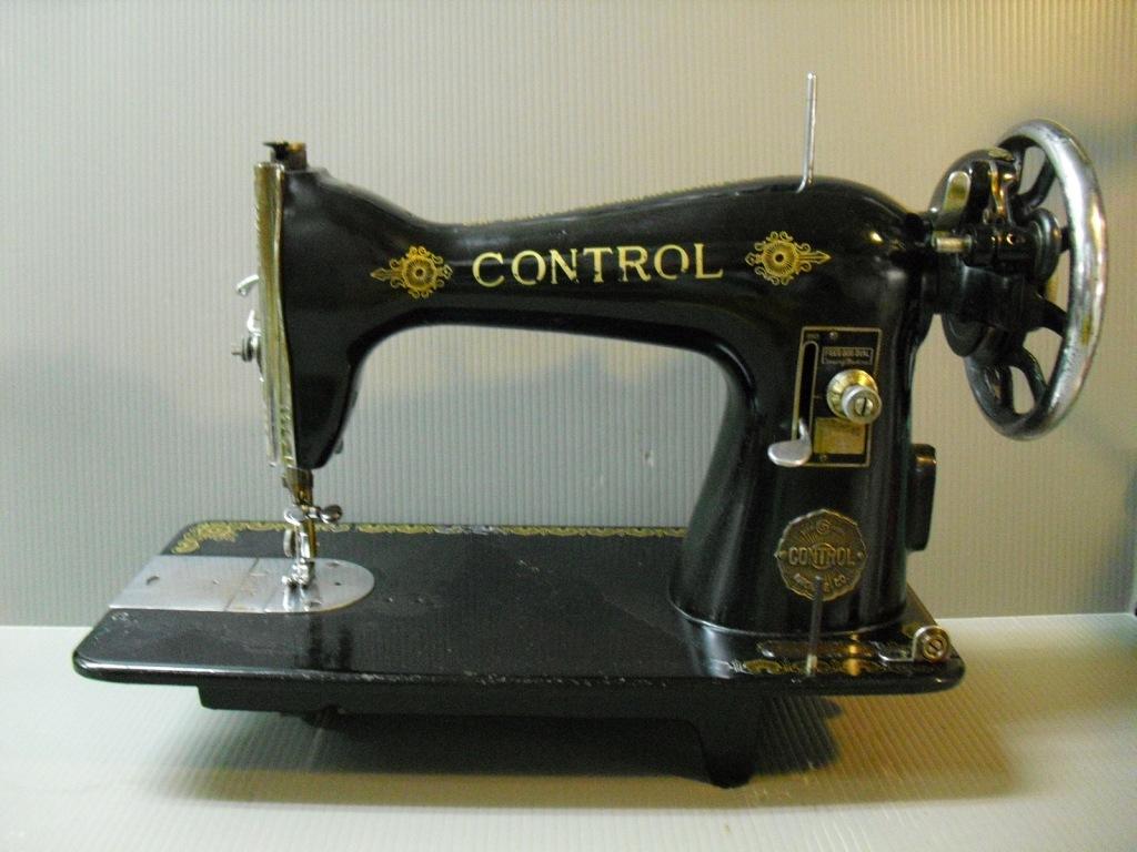 CONTROL-1.jpg