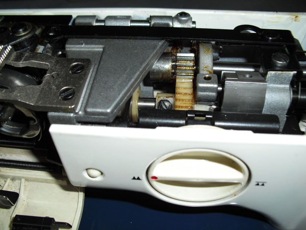FLORA-HZL550-3.jpg