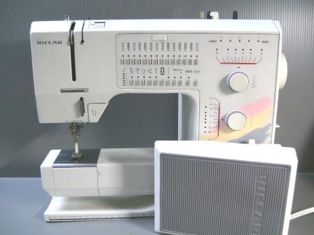 HOLIDAYNU-1090-1.jpg
