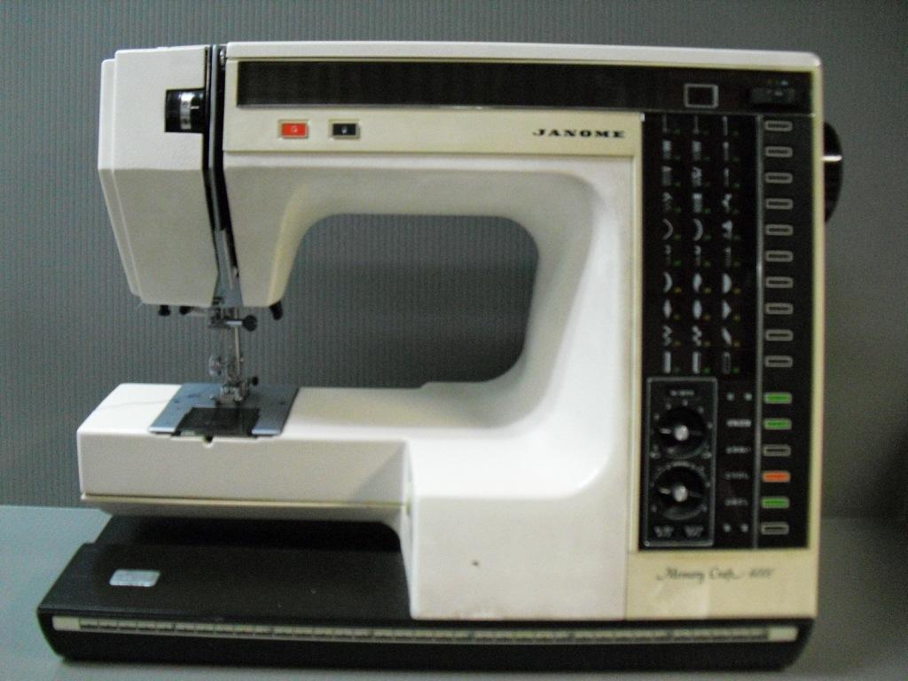 MC-6000-1_20091116224549.jpg