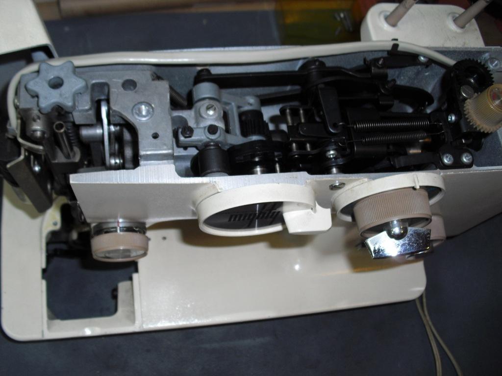 Mighty-RZ560-2.jpg