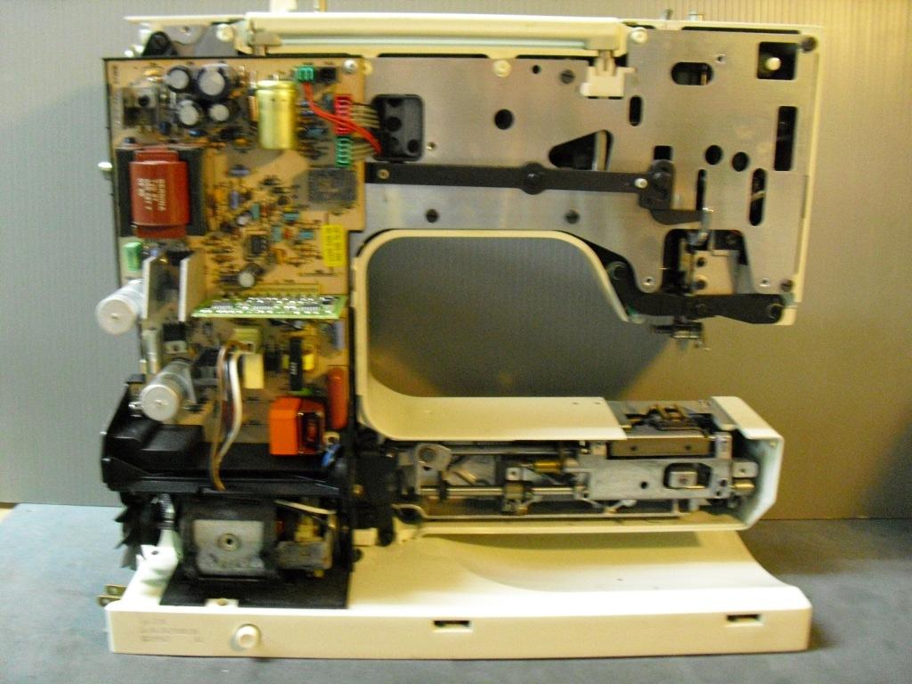 RCM1230-2_20101015231339.jpg