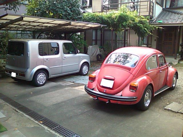 実家の四角い車とツーショット