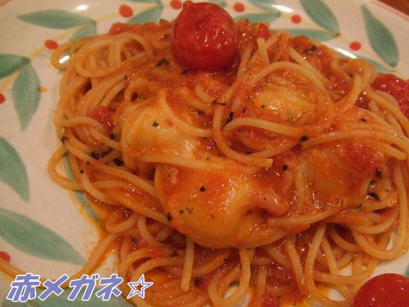 プチトマト&モッツァレラチーズのパスタ
