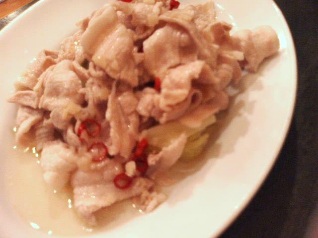 茹で豚とキャベツの和え物:紅虎