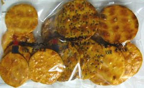 〈草加せんべい武州〉草加煎餅