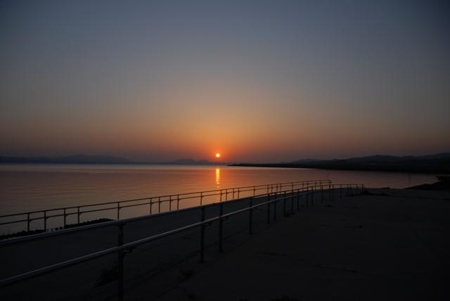 宍道湖での朝陽