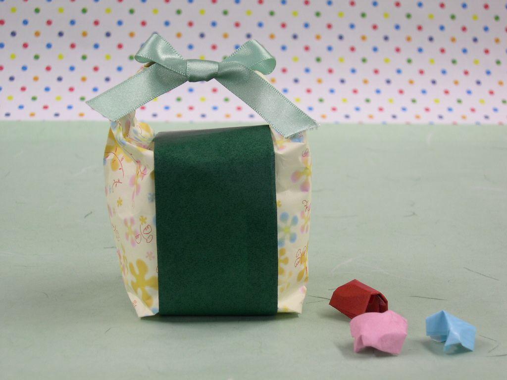 お菓子を包む 和菓子を包む.jpg