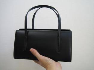 土屋鞄のバックの大きさの目安写真