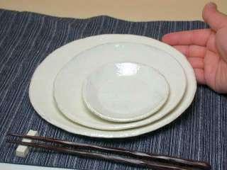 石川若彦さんの 粉引プレート (19.5cm)