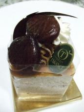 高野マロンケーキ