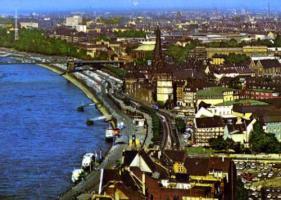 デュッセルドルフとライン川