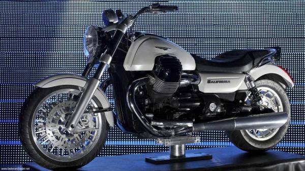 Moto+Guzzi+California+Prototype+11_convert_20111018211539.jpg