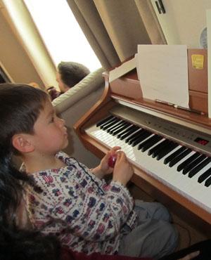 piano110412.jpg