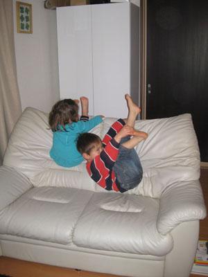 sofa2100303.jpg