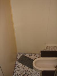 トイレB01