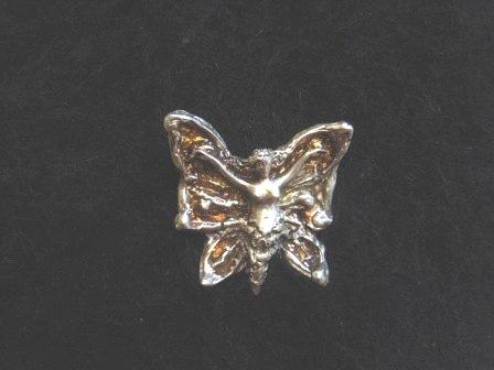 蝶のペンダント 023