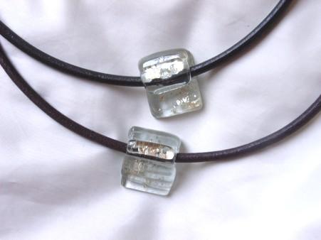 クリアーガラスのチョーカー 022