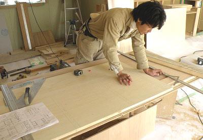 アイランド作業台の製作開始です