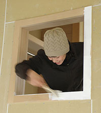 室内窓枠の塗装