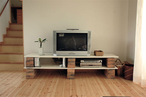 Rテレビ台