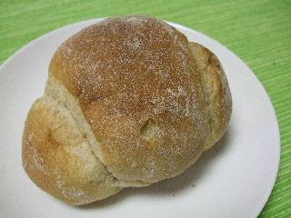 210607ブノメープルロールパン1