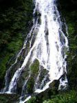 丸神の滝。