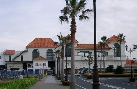 JR館山駅西口