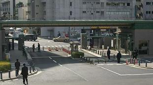B庁ゲート