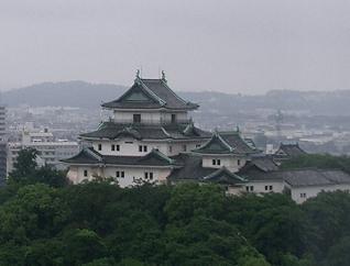 和歌山・ホテルの部屋から見た和歌山城