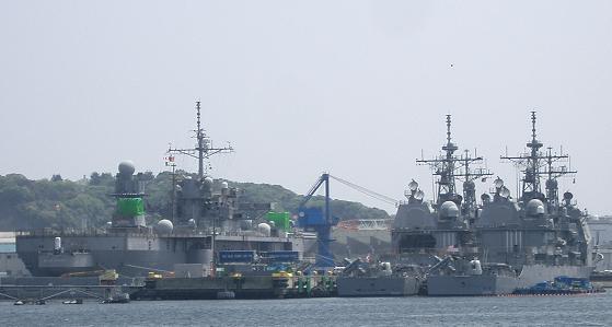 横須賀・・・軍港巡り1