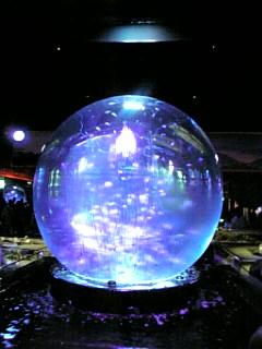 スカイアクアリウムⅡ水晶球のような水槽