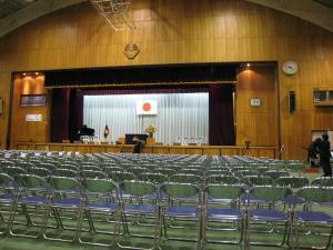 卒業式体育館
