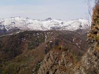 黄金山 残雪の左から幌天狗・群別岳・奥徳富