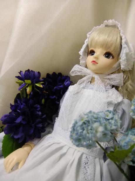 SD青のペールトーンドレス