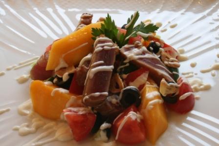 マグロのロゼ サラダ仕立て マスカルポーネソース