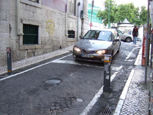233 Lisboa Luso前車止め