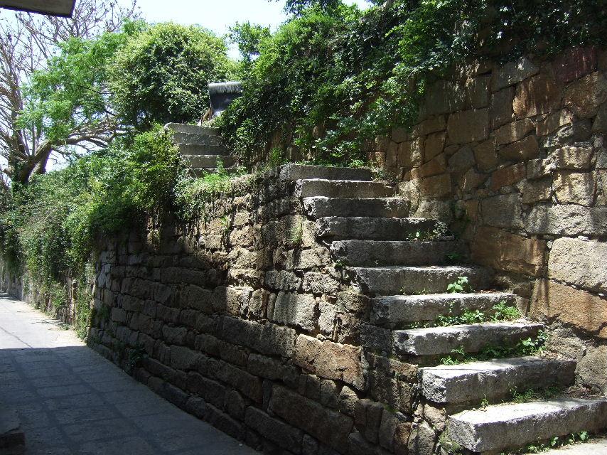 102崇武古城西門城壁